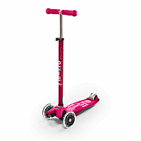 Maxi Pink Deluxe Scooter with LED wheels